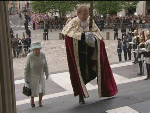 The Queen arrives at St Paul's for a Diamond Jubilee thanksgiving service