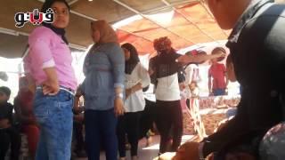 getlinkyoutube.com-الرقص بـ«العباءة الخليجية» يشعل المراكب النيلية في العيد
