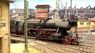 getlinkyoutube.com-Modellbahn H0 Realistik pur: Bahnbetrieb aus den Epochen III/IV