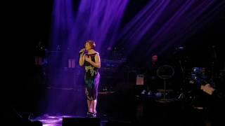 "getlinkyoutube.com-Regine Velasquez sings ""Pangarap Ko Ang Ibigin Ka""#AyokongTumandaTheRepeat"