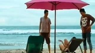 getlinkyoutube.com-perempuan liar mabok bikini di pantai adegan panas bioskop indonesia