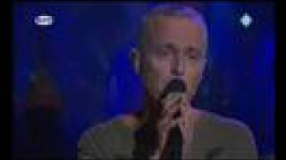 getlinkyoutube.com-Tears for Fears - Mad World (live)