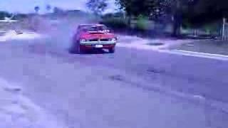 getlinkyoutube.com-1971 Dodge Dart Swinger 440 Serious Burnout-Drift
