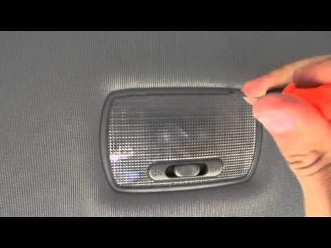 Замена лампочек светильника салона Хонда Элемент Honda Element