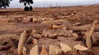 getlinkyoutube.com-شاهدوا لأول مرة قبر الملك عبدالعزيز ..في مقبرة العود