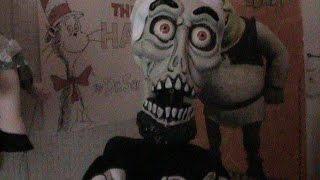 getlinkyoutube.com-Achmed Ventriloquist Dummy Unboxing