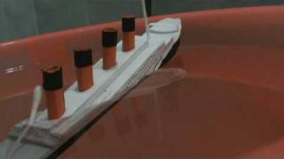 getlinkyoutube.com-Titanic paper model sinking