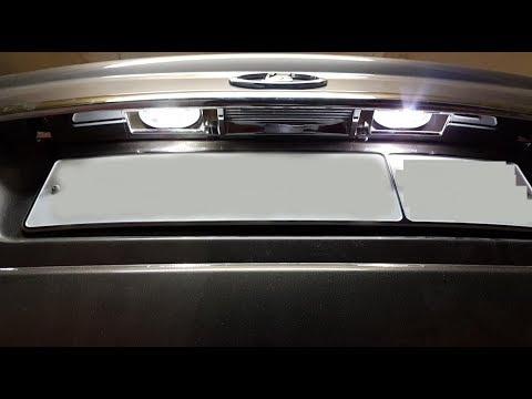 Лада Приора универсал: Замена лампочек подсветки номера, разбор задней двери