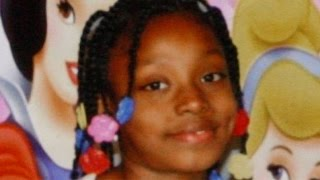 getlinkyoutube.com-Cop Who Shot & Killed Sleeping 7-Year-Old During Botched Raid Walks