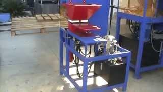 getlinkyoutube.com-ECO-PRESS 2.0_13 Automatic compressed earth brick machine