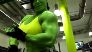 getlinkyoutube.com-Female Bodybuilding Real She-Hulk for Halloween 2014