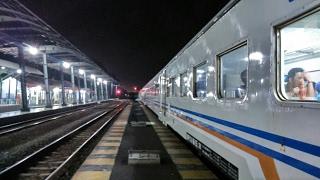 Perjalanan Estafet Naik 4 Kereta Api Secara Beruntun - Trip 1 KA Kertajaya (Lamongan-Tegal)