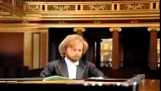 getlinkyoutube.com-Zimerman performs Beethoven Piano Concerto #1, Movement 1, Allegro con Brio