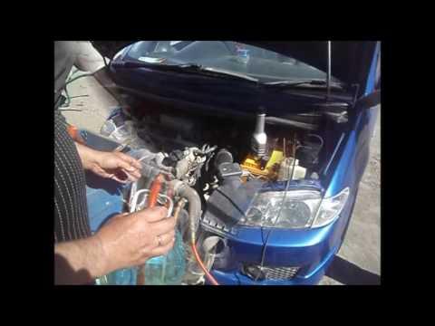 Замена водяного насоса ипромывка системы охлаждения на мазде премаси