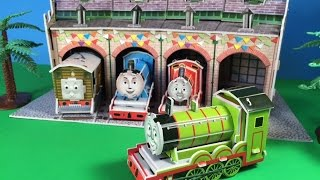 getlinkyoutube.com-Thomas and Friends Green Engine Henry Making with Toby, James, Gordon