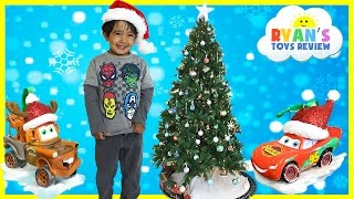 getlinkyoutube.com-CHRISTMAS TRAIN FOR CHILDREN Decorate the Tree Disney Cars McQueen Surprise Egg Frozen Toys
