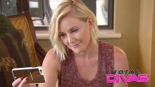 getlinkyoutube.com-Renee Young talks to Dean Ambrose during her trip to Orcas Island: Total Divas, Jan. 11, 2017