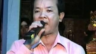getlinkyoutube.com-Tang lễ NS Hòang Tuấn 2