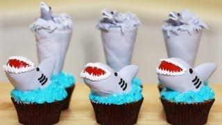 getlinkyoutube.com-SHARKNADO CUPCAKES - NERDY NUMMIES - SHARK WEEK