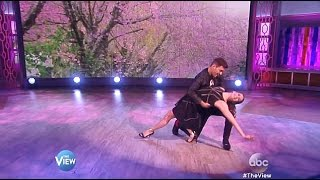 getlinkyoutube.com-Andy Grammer & Allison Holker - Dance & Exit Interview - The View