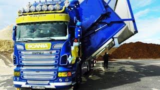 getlinkyoutube.com-Scania Wood Chip Truck, Sweden