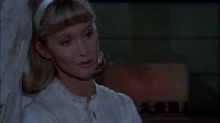 getlinkyoutube.com-Olivia Newton-John - Hopelessly Devoted to You (Grease)