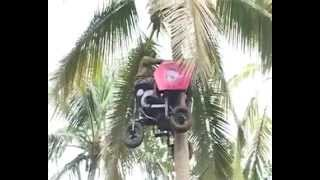 getlinkyoutube.com-Mesin panjat pokok kelapa