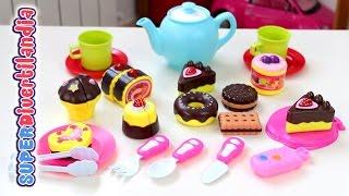 getlinkyoutube.com-Merienda de pasteles y galletas. Dulces de juguete  - Toy cupcakes and cookies