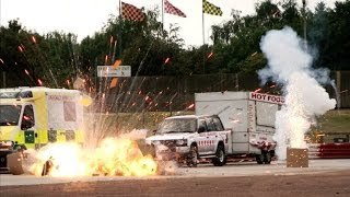 getlinkyoutube.com-BANG! Explosive Hollywood race - Top Gear at the Movies