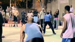 getlinkyoutube.com-Jugador de la NBA se disfraza de anciano parte 2