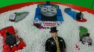 getlinkyoutube.com-LUCKY DIP SNOW SURPRISE OPENING THOMAS SPECIAL Inc., SPENCER, HENRY, ANNIE AND PERCY