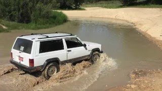 getlinkyoutube.com-Stock Jeep Cherokee XJ at Hidden Falls Advernture Park OFF ROAD - central Texas Camping Trip