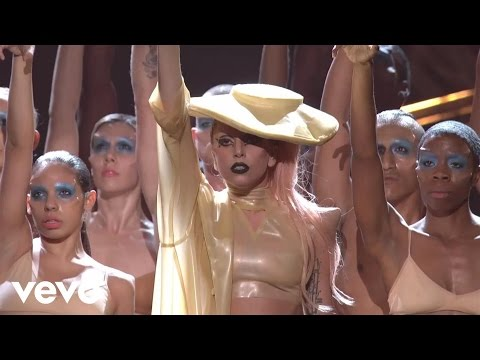 Lady Gaga - Born This Way (GRAMMYs on CBS)