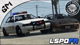 getlinkyoutube.com-GTA 5 - LSPDFR - Radar Mobile & Herses - Course Poursuite - Patrouille 05