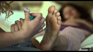 getlinkyoutube.com-celeb feet scenes - Kathryn Hahn gets a foot massage