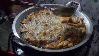 getlinkyoutube.com-(ISF019) Pisang Keju Fenomenal Wiyung Surabaya   Fried Banana With Cheese Toping