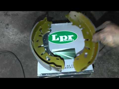 Замена задних тормозных колодок FIAT Doblo Maxi 2015