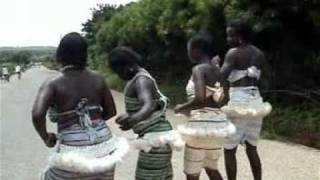 Chanson Moba : Li na titàaliéeb  de l'artiste Tansalaa Konlaa - Dapaong Togo