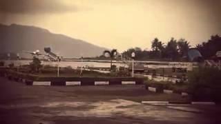 getlinkyoutube.com-Video Amatir Pesawat Kalstar Tergelincir di Bandara El Tari Kupang