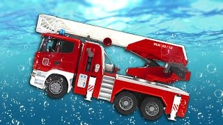 getlinkyoutube.com-Toy cars dive in water.  MANY LARGE TOY CARS.  For fun). BRUDER.