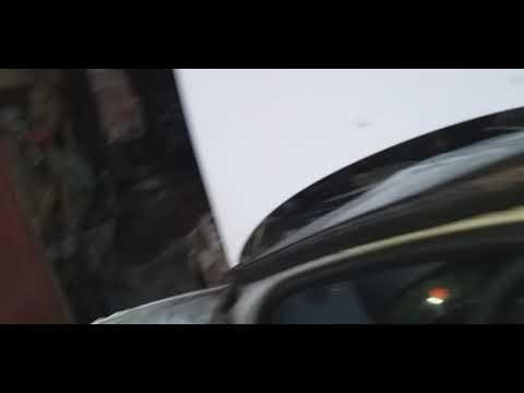 Расположение в Renault Симбол предохранителя багажника