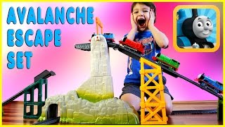 getlinkyoutube.com-Thomas & Friends Avalanche Escape Set Thomas the Train Accidents Happen Kids Playing Kids Play Toys