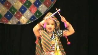 getlinkyoutube.com-Radha kaise na jale by Jayanshi