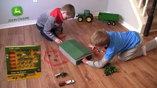 getlinkyoutube.com-Unboxing - John Deere Farm Toy Playset