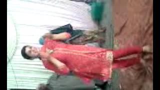 getlinkyoutube.com-kashmiri girl dancing