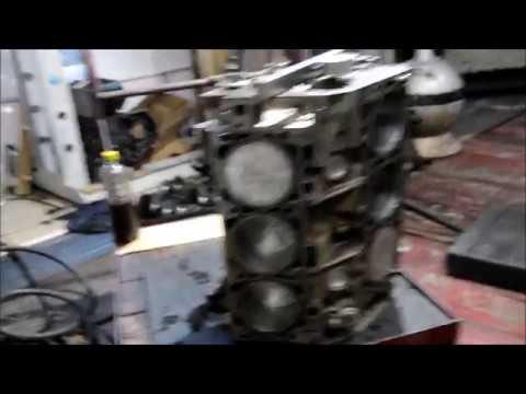 Где в Форд Mustang находится прокладка головки блока цилиндров