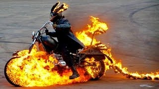 getlinkyoutube.com-Fire Angels Stunt Show - Шоу  Каскадеров