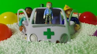 getlinkyoutube.com-FIREMAN SAM PARAMEDIC AMBULANCE LUCKY DIP AND SURPRISE EGG OPENING SPECIAL