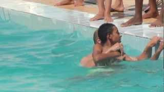 getlinkyoutube.com-عملية انقاذ غريق  برنامح سباحة ونشاط 2012