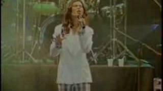 getlinkyoutube.com-Aline Barros - Deus do Impossível (Ao Vivo)